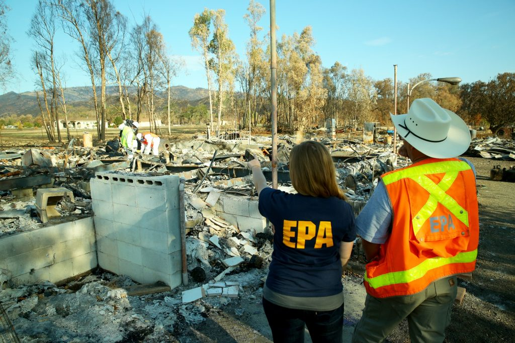 EPA Inspectors Clear Debris Sites